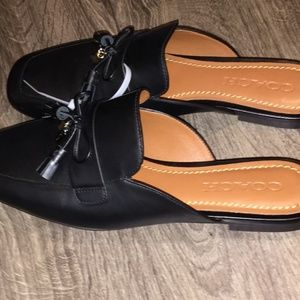 COACH BLACK MULES WITH COACH CHARMS SIZE 7.5
